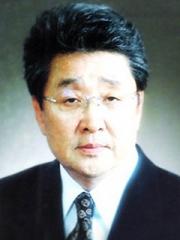 제16대 회장 김유광[44회]